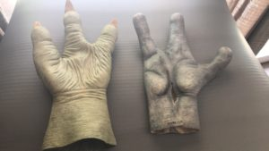 Yoda and Alien hands for Ewok (palm view)